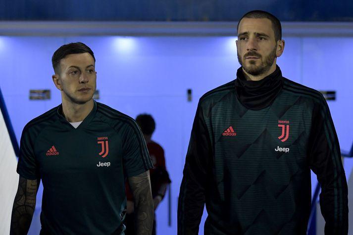 Juventus verður án bæði Bernardeschi og Bonucci gegn Napoli í dag.