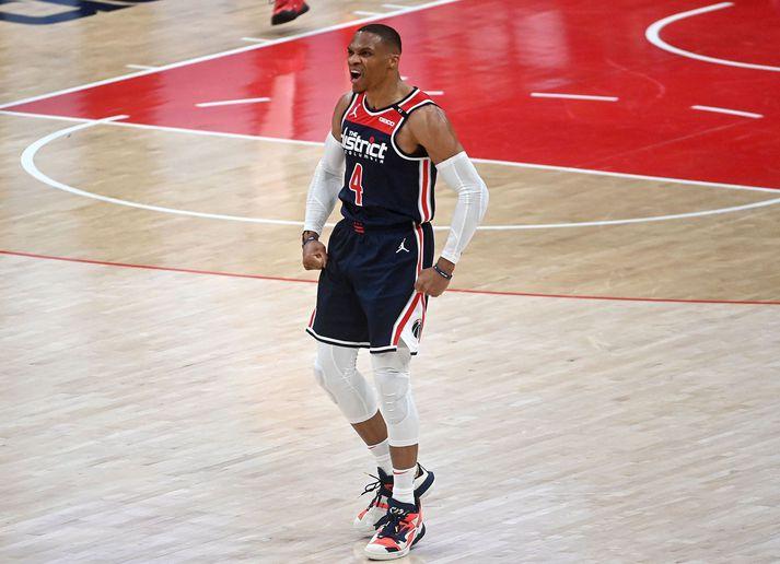 Russell Westbrook var í miklum ham gegn Indiana Pacers.