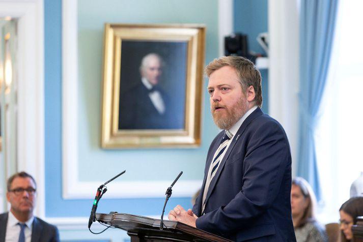 Sigmundur Davíð Gunnlaugsson er formaður Miðflokksins.