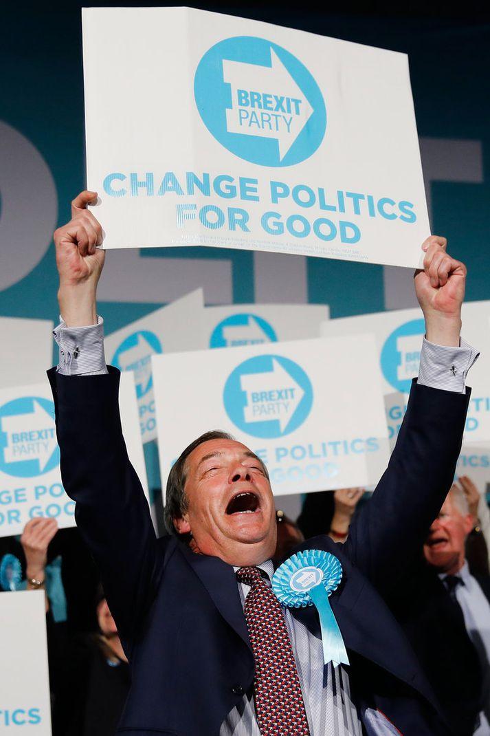Farage gengur afar vel í kosningabaráttunni.