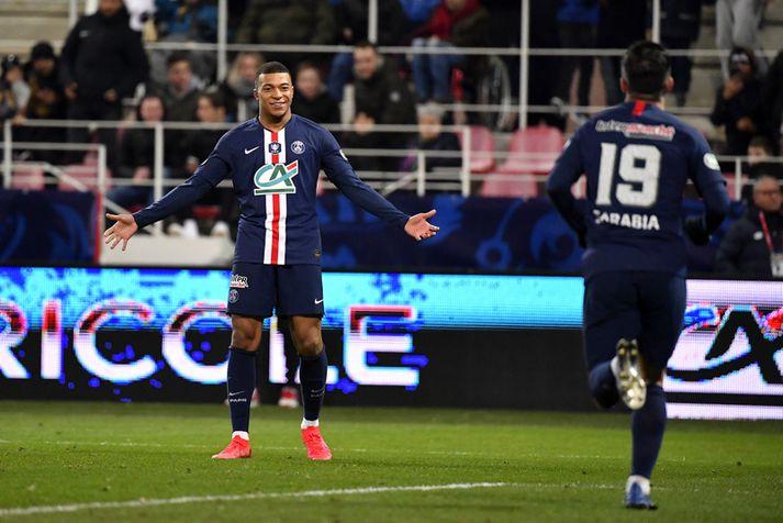 Kylian Mbappe fagnar einu af mörgu mörkum sínum fyrir Paris Saint Germain.