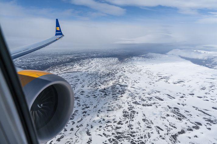 Sóttvarnalæknir segir fulltrúa Icelandair einnig hafa komið af fjöllum og engin tilkynning hafi borist frá Kanada.