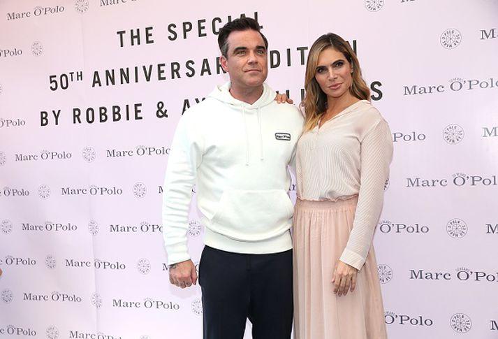 Robbie Williams og Ayda Field verða dómarar í X Factor.