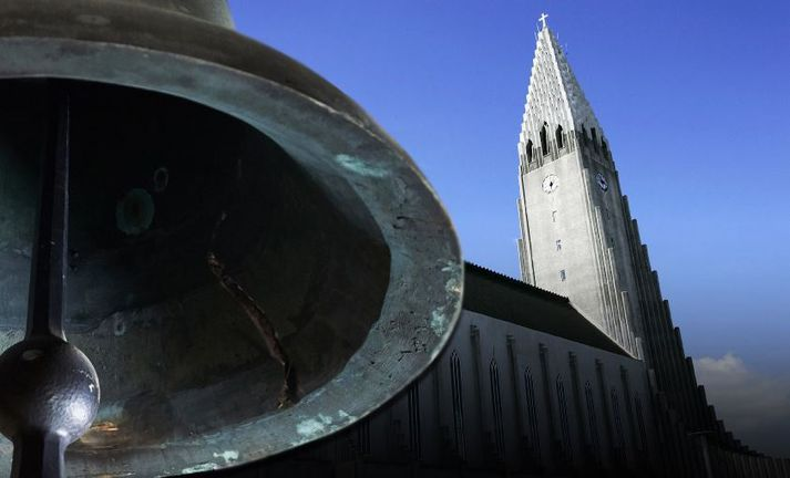 Hallgrímskirkja er afar vinsæll áfangastaður ferðamanna, enda kirkjan eitt helsta kennileiti Reykjavíkurborgar.