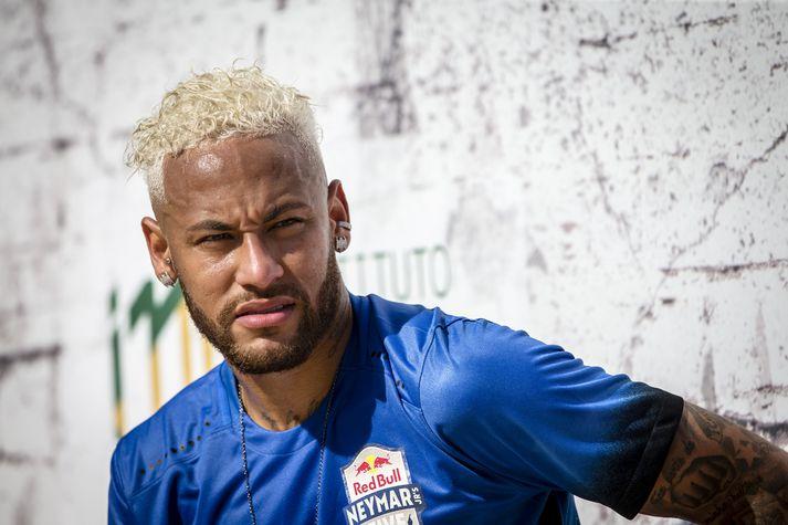 Neymar vill komast aftur til Barcelona.