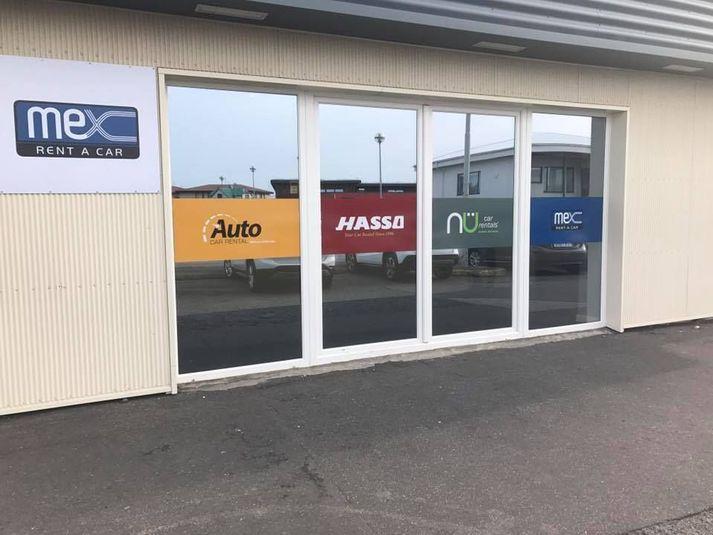 Frá skrifstofu Auto Car Rental í Reykjanesbæ.