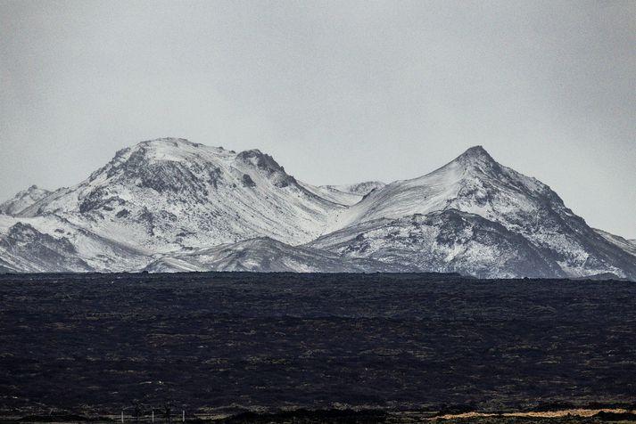 Trölladyngja (379 m) er eldfjall á Reykjanesskaga, nyrst í Núpshlíðarhálsi. Rétt við hana er Grænadyngja (402 m), sem er mjög áþekk og er oft talað um fjöllin sem tvíbura og saman eru þau kölluð Dyngjurnar.