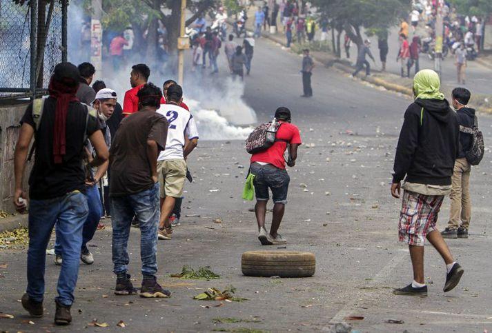 Aukin harka færist í átökin í Níkaragva.
