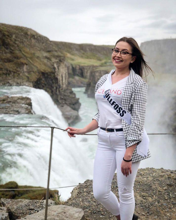 Alexandra Mujitain Fikradóttir tekur þátt í Miss Universe Iceland 2019.