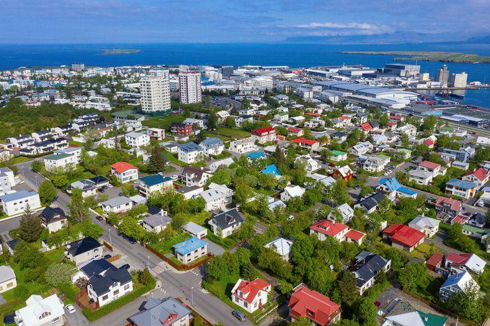 Mikið líf hefur verið á fasteignamarkaði síðari hluta ársins.