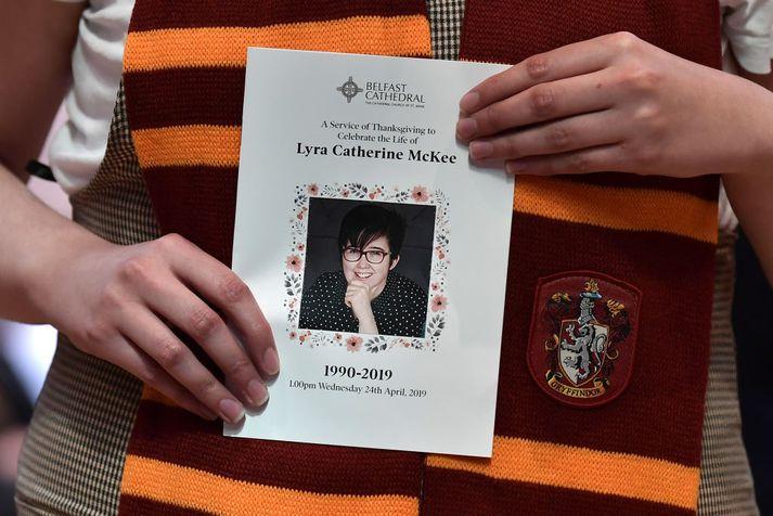 Hin 29 ára Lyra McKee var skotin til bana þann 18. apríl síðastliðinn þar sem hún fylgdist með óeirðum í Londonderry.