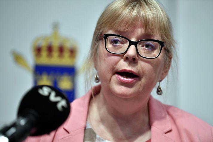 Eva-Marie Persson, vararíkissaksóknari, tilkynnti um að mál Assange hefði verið opnað aftur í morgun.