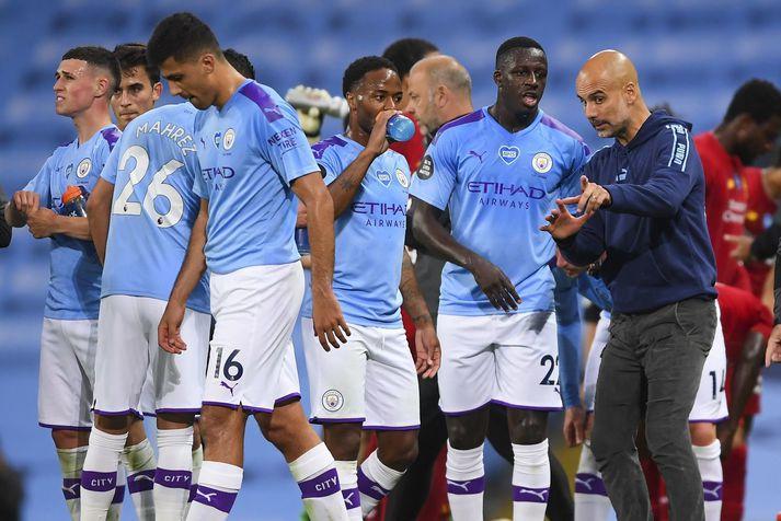 Pep Guardiola, knattspyrnustjóri Manchester City, fær tækifæri til að eyða pening í sumar.