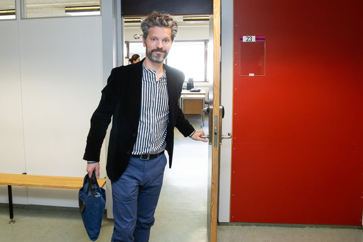 Dagur B. Eggertsson, borgarstjóri og oddviti Samfylkingarinnar, segir að meirihlutaviðræður gangi vel og að hann sé enn bjartsýnn á að Samfylking, Viðreisn, Vinstri græn og Píratar nái saman um myndun nýs meirihluta í Reykjavíkurborg.