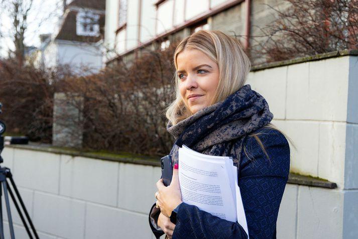 Áslaug Arna Sigurbjörnsdóttir, dómsmálaráðherra, lagði frumvarpið fram. Það varð að lögum í dag.