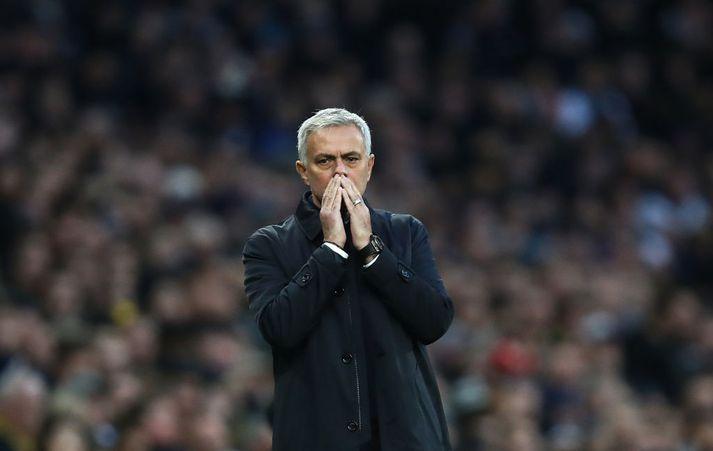Mourinho er ekki sterkur á straujárninu.