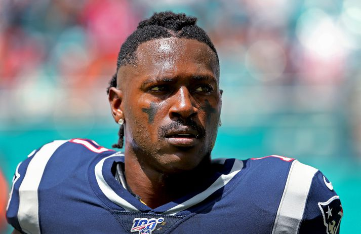 Brown í sínum eina leik með Patriots.