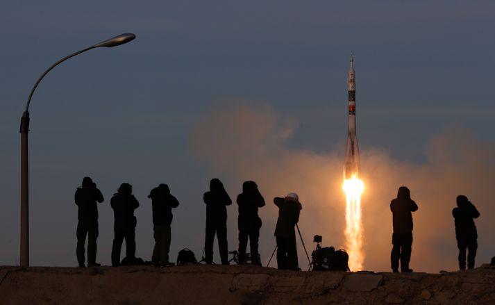 Frá geimskoti Soyuz MS-11 í Kasakstan í byrjun desember. Myndin tengist fréttinni ekki beint.