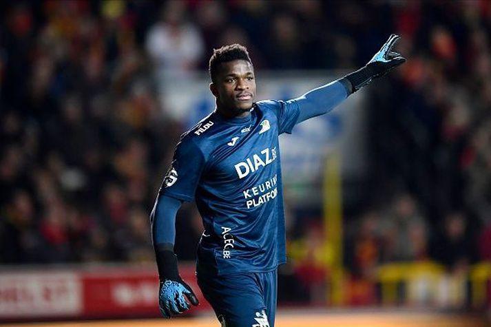 Fabrice Ondoa í leik með belgíska liðinu gegn Mechelen.