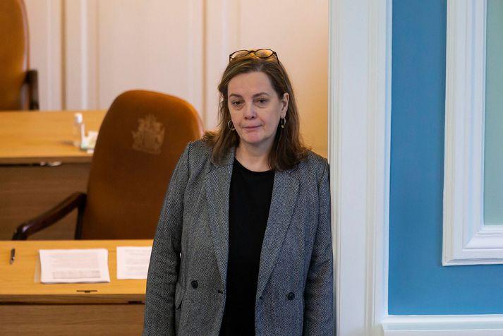 Svandís Svavarsdóttir heilbrigðisráðherra leggur frumvarpið fram.