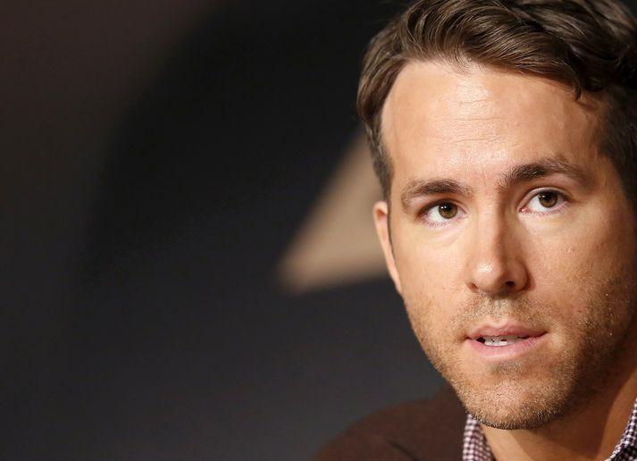 Myndin sem Ryan Reynolds framleiðir hefur hlotið nafnið Stoned Alone og er sögð innihalda mikinn hamagang og blóðugt ofbeldi.