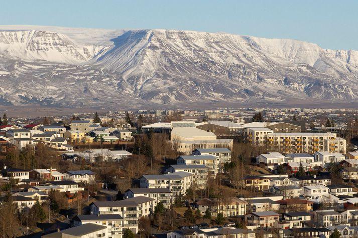 Íbúðaverð á höfuðborgarsvæðinu hefur ekki hækkað jafnmikið á milli mánaða síðan í maí fyrir fjórum árum.