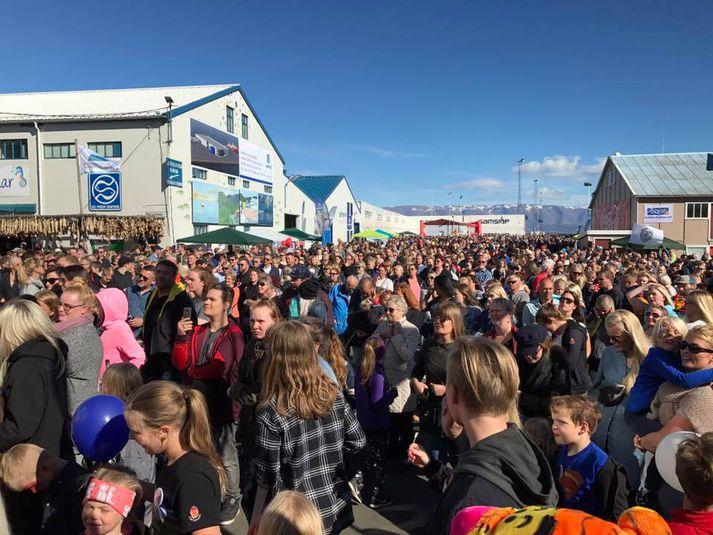 Veðurguðirnir léku við gesti Fiskidagsins mikla á Dalvík.