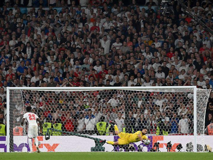 Ítalía hafði betur gegn þeim ensku í úrslitaleiknum á Wembley í síðasta mánuði.