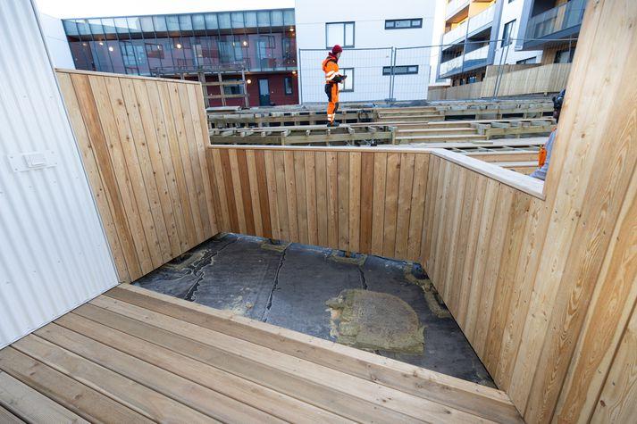 Guðmundur Heiðar Helgason telur ekki hentugt að skylda íbúa til að vera með fjögurra fermetra grasflöt innan skjólveggja.