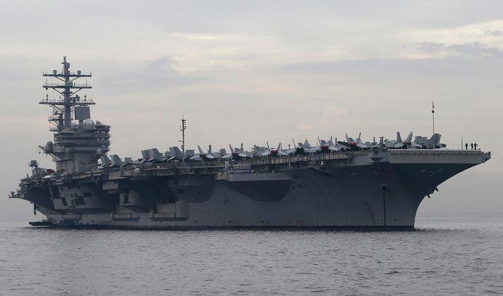 Bandaríkin hafa verið að auka umsvif flotans í Kyrrahafi. USS Ronald Reagan, skipið á myndinni, var ekki eitt þeirra sem siglt var um Taívan-sund.