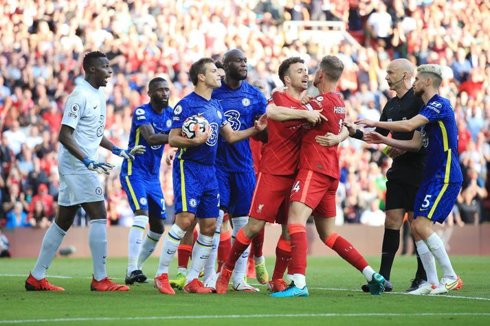 Það var hiti í mönnum í leik Chelsea og Liverpool á laugardaginn.