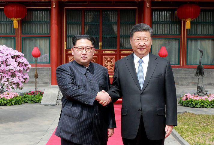 Á leiðtogafundi Kim Jong-un og Xi Jinping ræddu þeir meðal annars um stöðuna í viðræðum um kjarnorkuafvopnun. Ljósmyndin er frá fyrri heimsókn Kim í Kína.