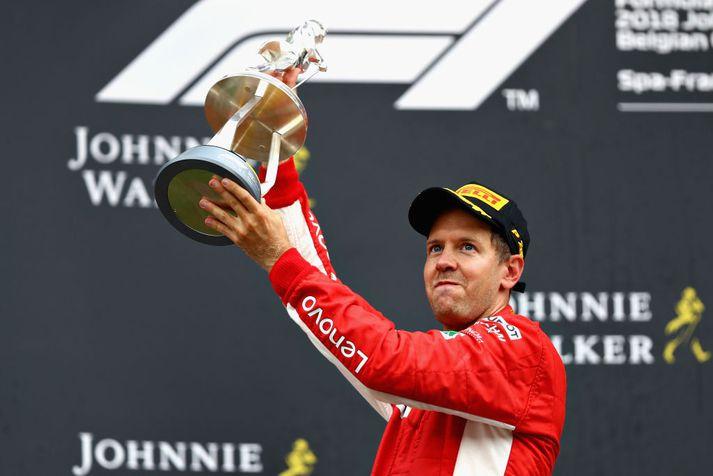 Vettel nýtti hraða Ferrari bílsins í gær