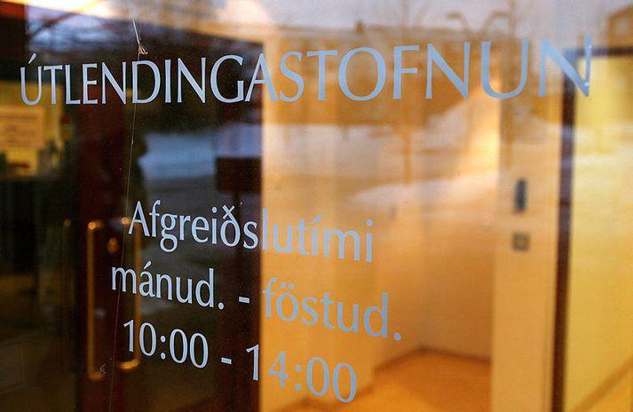 Prodhi er ekki ánægður með svör Útlendingastofnunar og segir þau byggð á rangfærslum