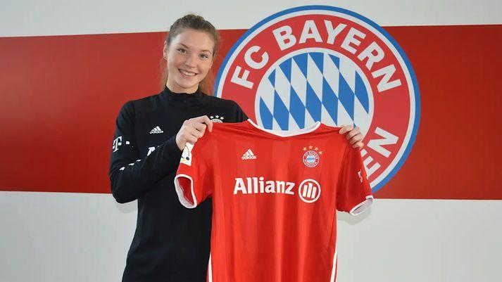 Karólína Lea kom inn af bekknum hjá toppliði Bayern.