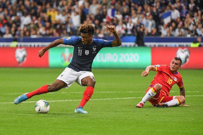 Kingsley Coman skorar fyrsta mark Frakklands gegn Andorra.