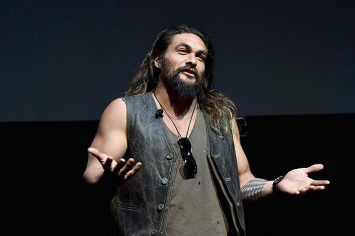 Jason Momoa er líklega þekktastur fyrir hlutverk sitt sem Khal Drogo í Krúnuleikunum.