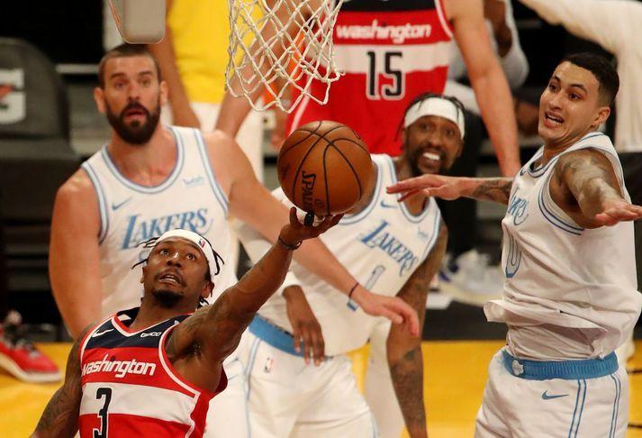 Bradley Beal sýndi flott tilþrif gegn LA Lakers í nótt.