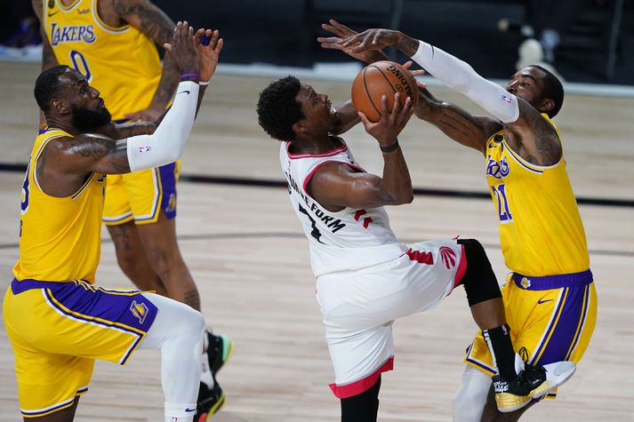 Lakers gekk hörmulega að stöðva Kyle Lowry í nótt.