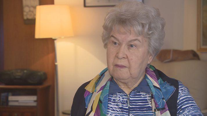 Ólöf Þórunn Hafliðadóttir var fimmtán ára þegar hún var send með vistir á Látrabjarg um miðjan desember 1947.