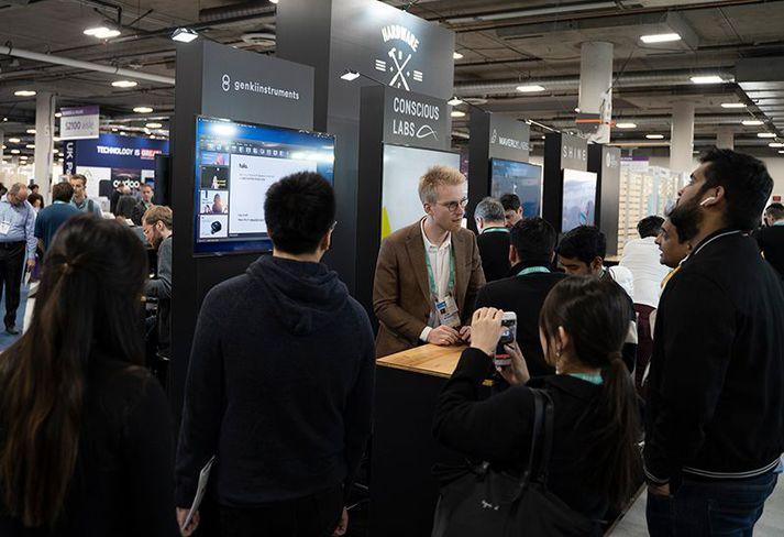 Ólafur Bogason, framkvæmdarstjóri Genki Instruments, í bás fyrirtækisins á CES 2020.