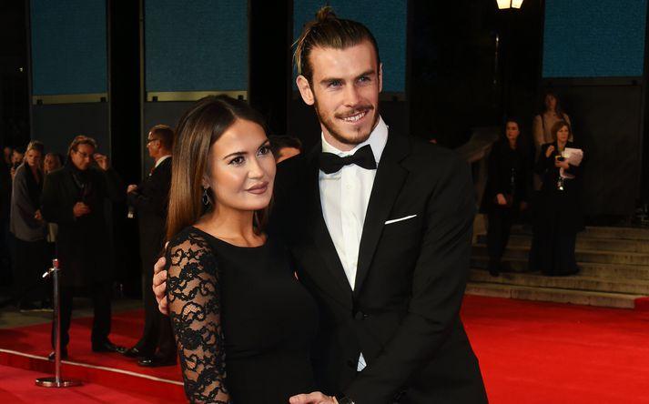 Bale og Emma Rhys-Jones.