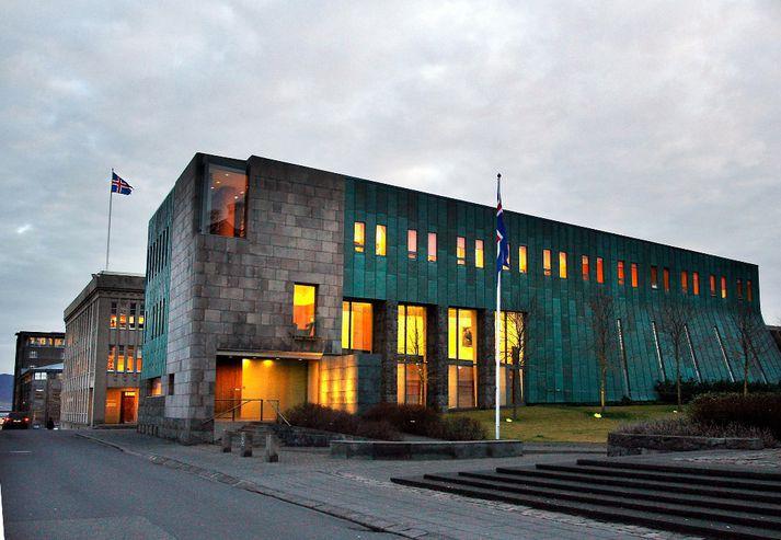 Hæstiréttur sneri dómi Héraðsdóms Reykjaíkur í málinu.