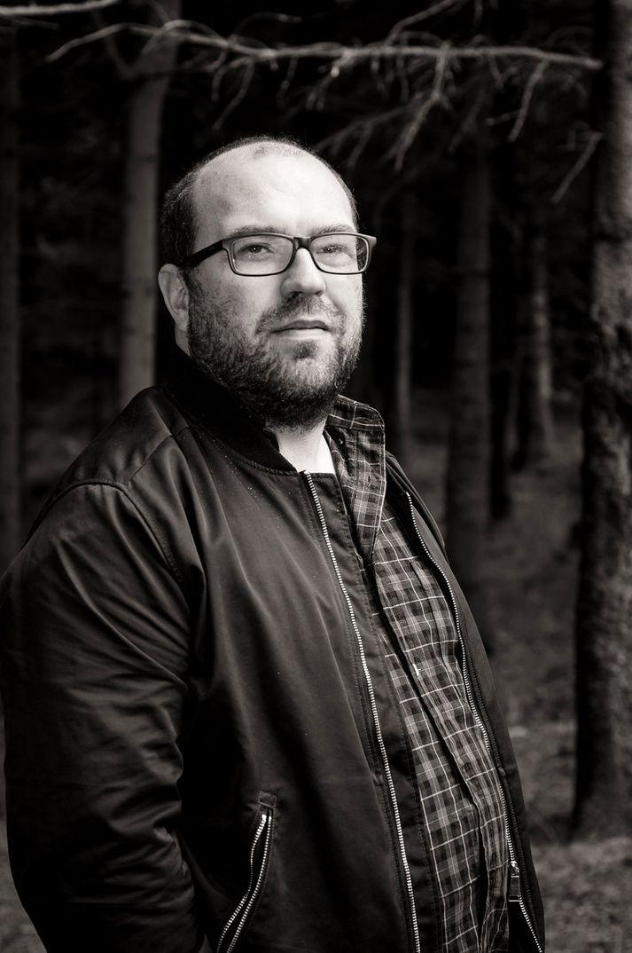 Vilhelm Vilhelmsson sagnfræðingur flytur erindi um sáttanefndir.
