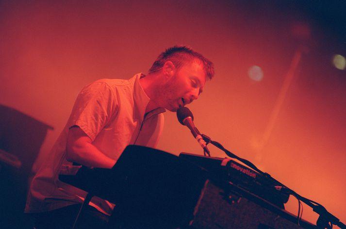 Thom Yorke, söngvari Radiohead, á tónleikaferðalagi um Bandaríkin árið 2001, sama ár og Amnesiac kom út.