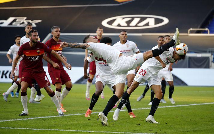 Úr leik Sevilla og Roma í kvöld.