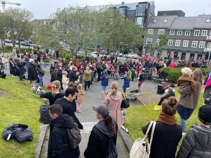 Margir lögðu leið sína í miðborg Reykjavíkur í gær til að fagna þjóðhátíðardeginum 17. júní.