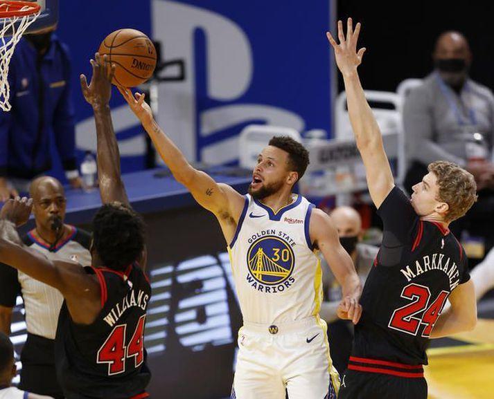 Endurkoma Stephens Curry hafði góð áhrif á lið Golden State Warriors.