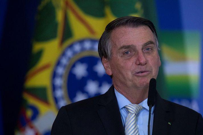 Jair Bolsonaro, forseti Brasilíu, hefur ítrekað gert lítið úr alvarleika faraldurs nýju kórónuveirunnar.