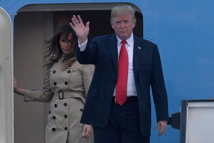 Donald Trump mætti ásamt eiginkonu sinni Melaniu til Brussel í morgun.